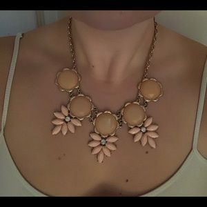 Francesca's Collections Jewelry - Pink statement necklace